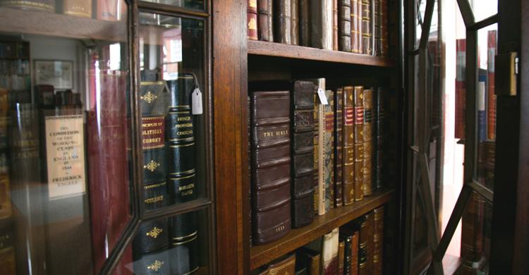 Bow Windows Bookshop Lewes Sussex