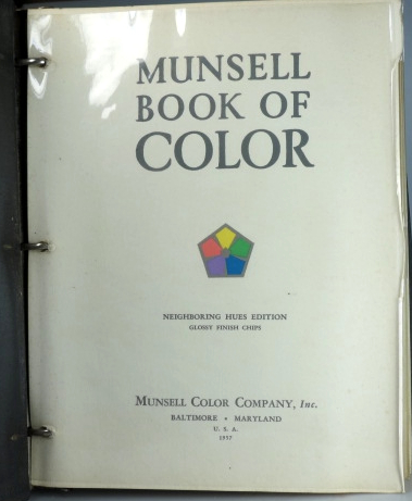 Munsell Book of Color. Neighbouring Hues Edition. Glossy Finish ...