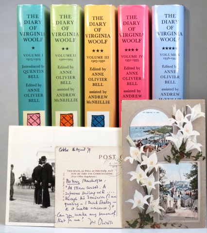 The Diary of... Introduced by Quentin Bell. Edited by Anne Oliver Bell. Assisted by Andrew McNeillie. Virginia WOOLF.