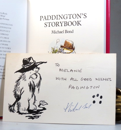 Paddington's Storybook. Illustrated in Colour and Black and White by Peggy Fortnum. Michael BOND.