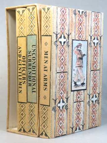 [The Sword of Honour trilogy]. Men at Arms. Officers and Gentlemen. Unconditional Surrender. Illustrations by John Lawrence. Introduction by Mark Amory. Evelyn WAUGH.