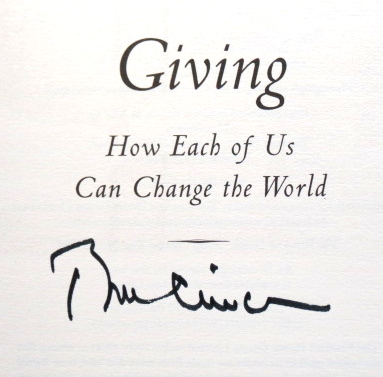 Giving. How Each of Us Can Change the World. Bill CLINTON.
